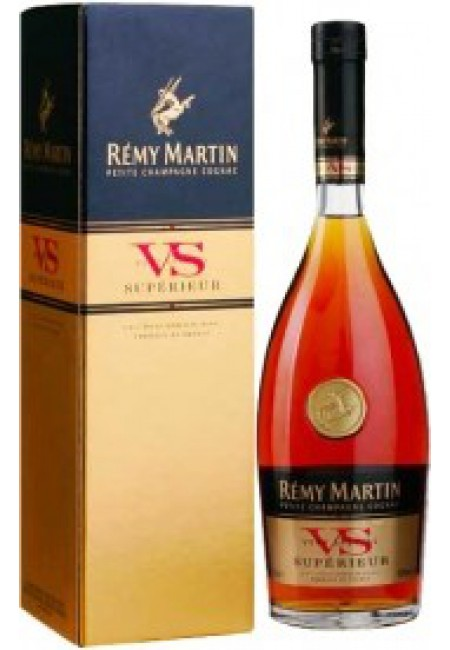 Коньяк Remy Martin VS, with box, 700 мл